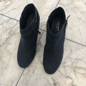 COLE HAAN women's size 8.5 navy suede chunky boot